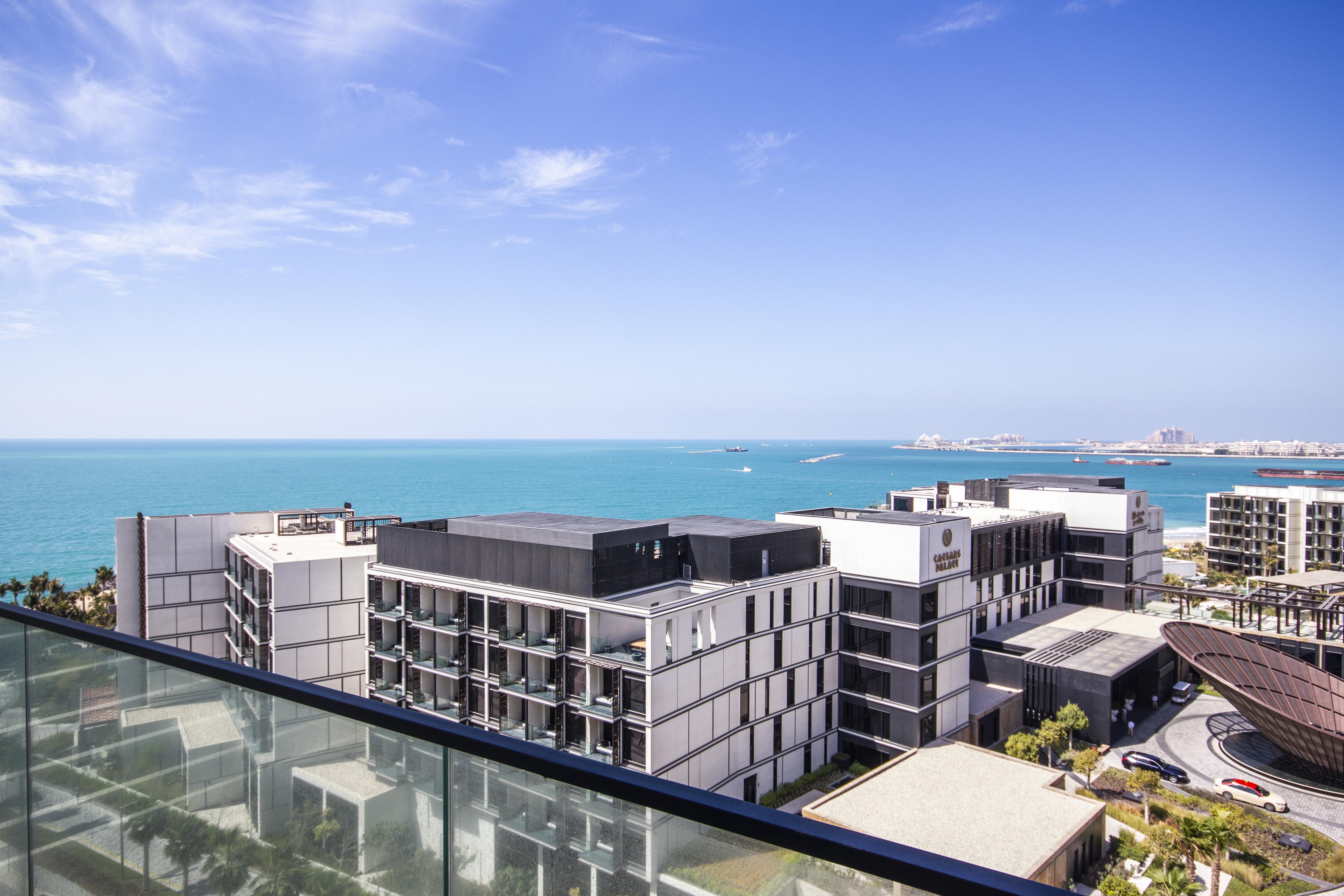 New 04Bed Apt   Sea View   Urban Island Living