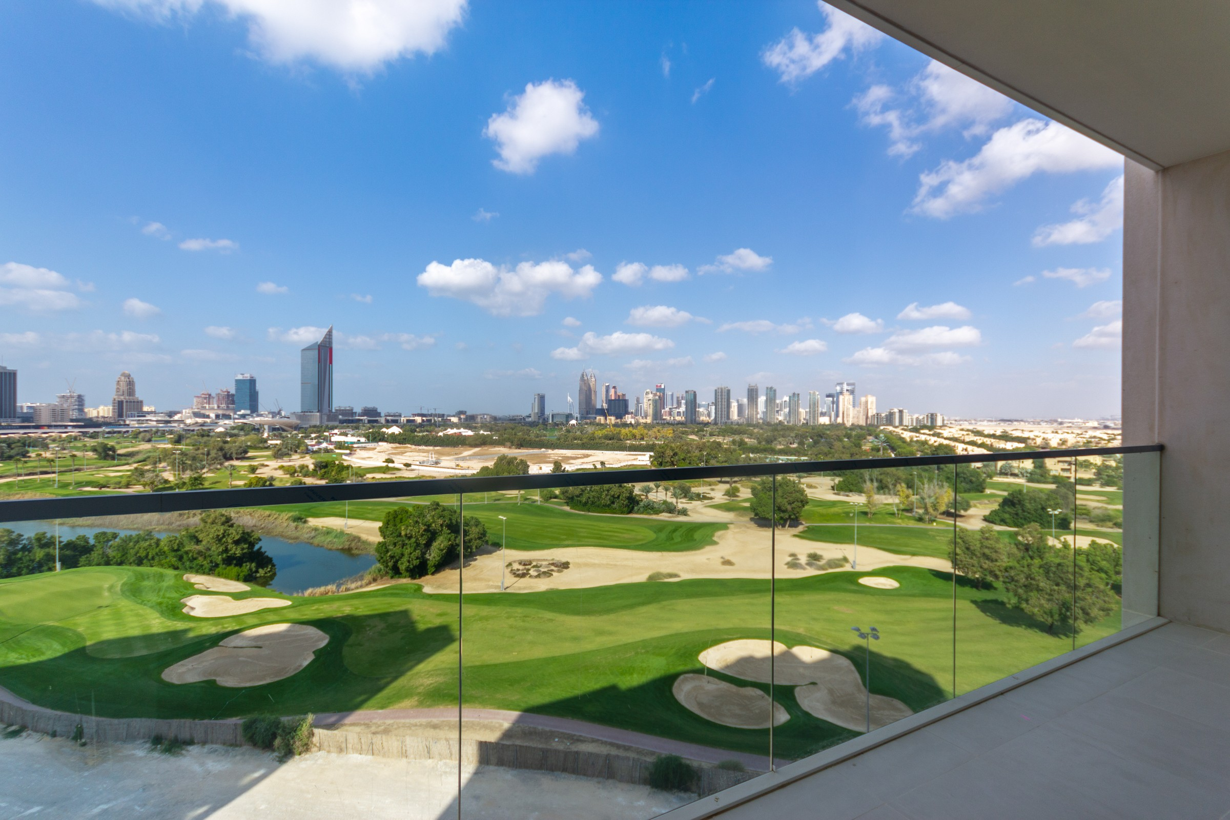 Stunning 3 Bed with Full Golf Course View