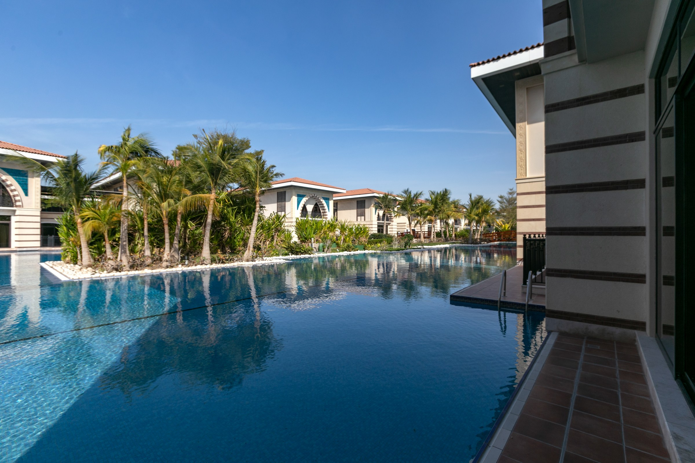 LAGOON | ROYAL RESIDENCE FULLY FURNISHED