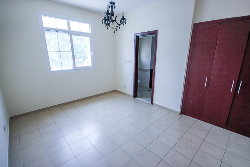 4 CHEQUES | 2 BED + S | TYPE 4E | CLOSE TO POOL
