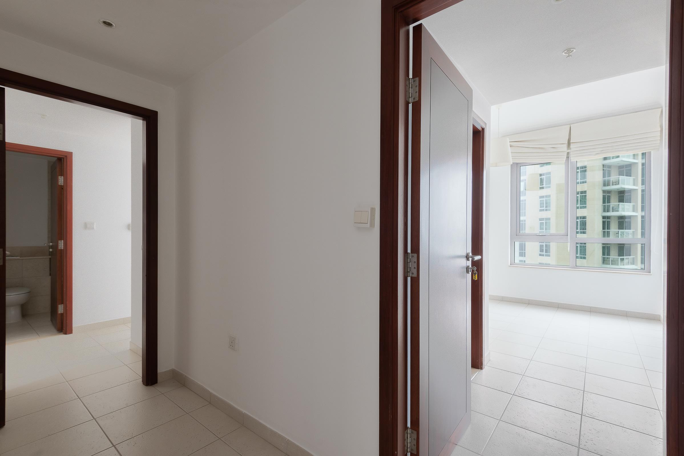 Three bedroom plus Maids room   Khalifa view