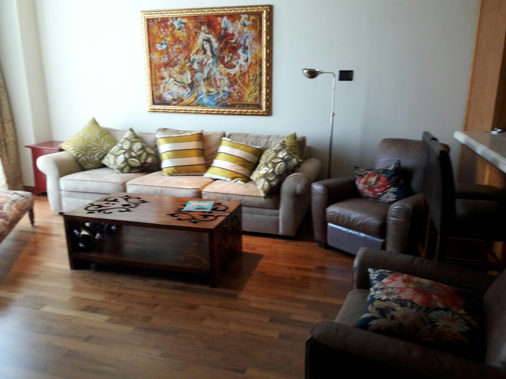 Furnished 2 Bed + M | High Floor | Fountain View