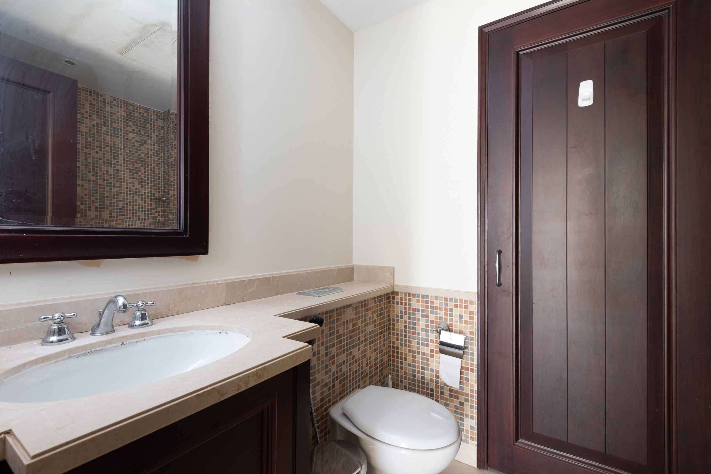 Well Priced One Bedroom in Old Town | Yansoon