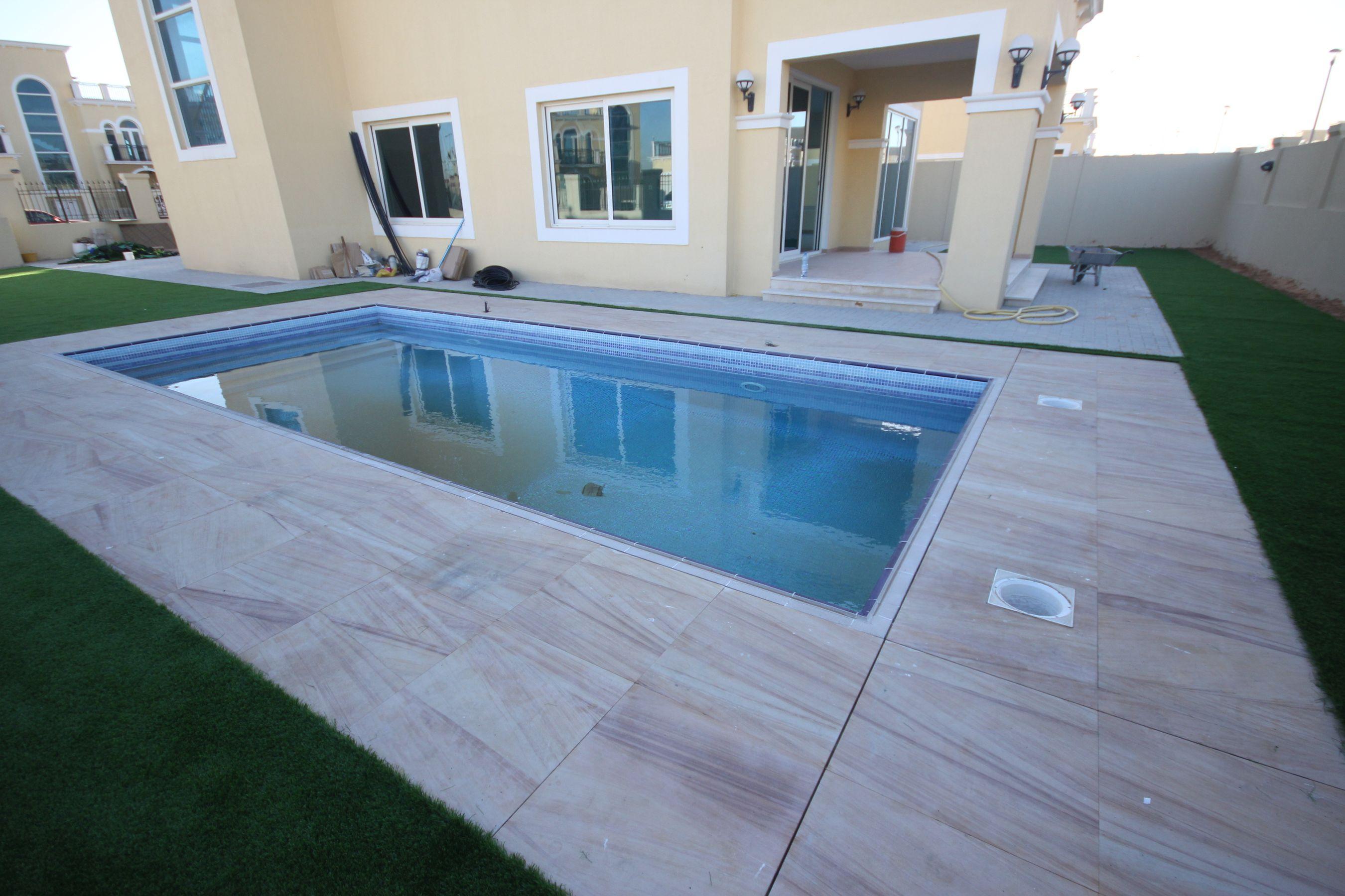 Exclusive 4 Bed Nova Single Corner with Pool