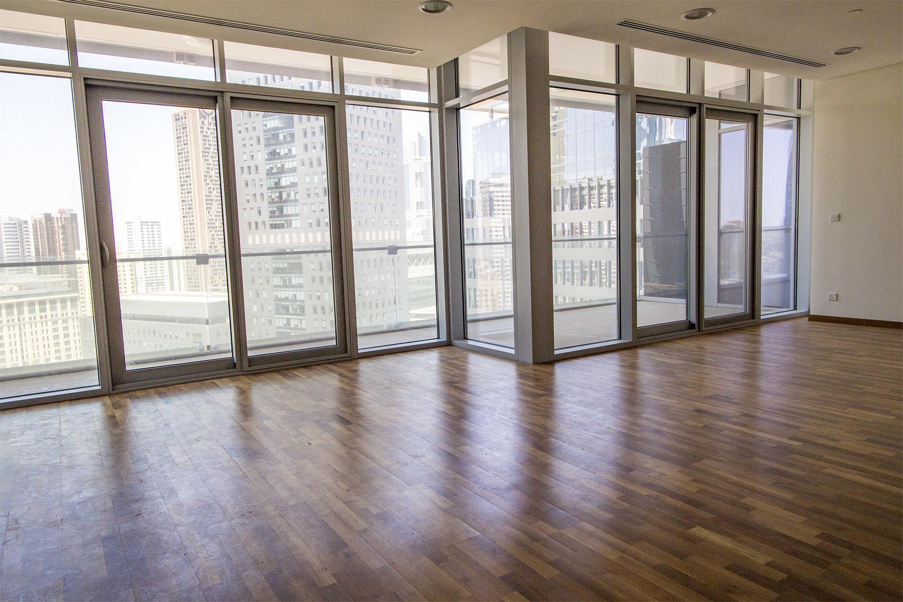 Mid Floor 2 Bedroom   Sea & DIFC view   Burj Daman