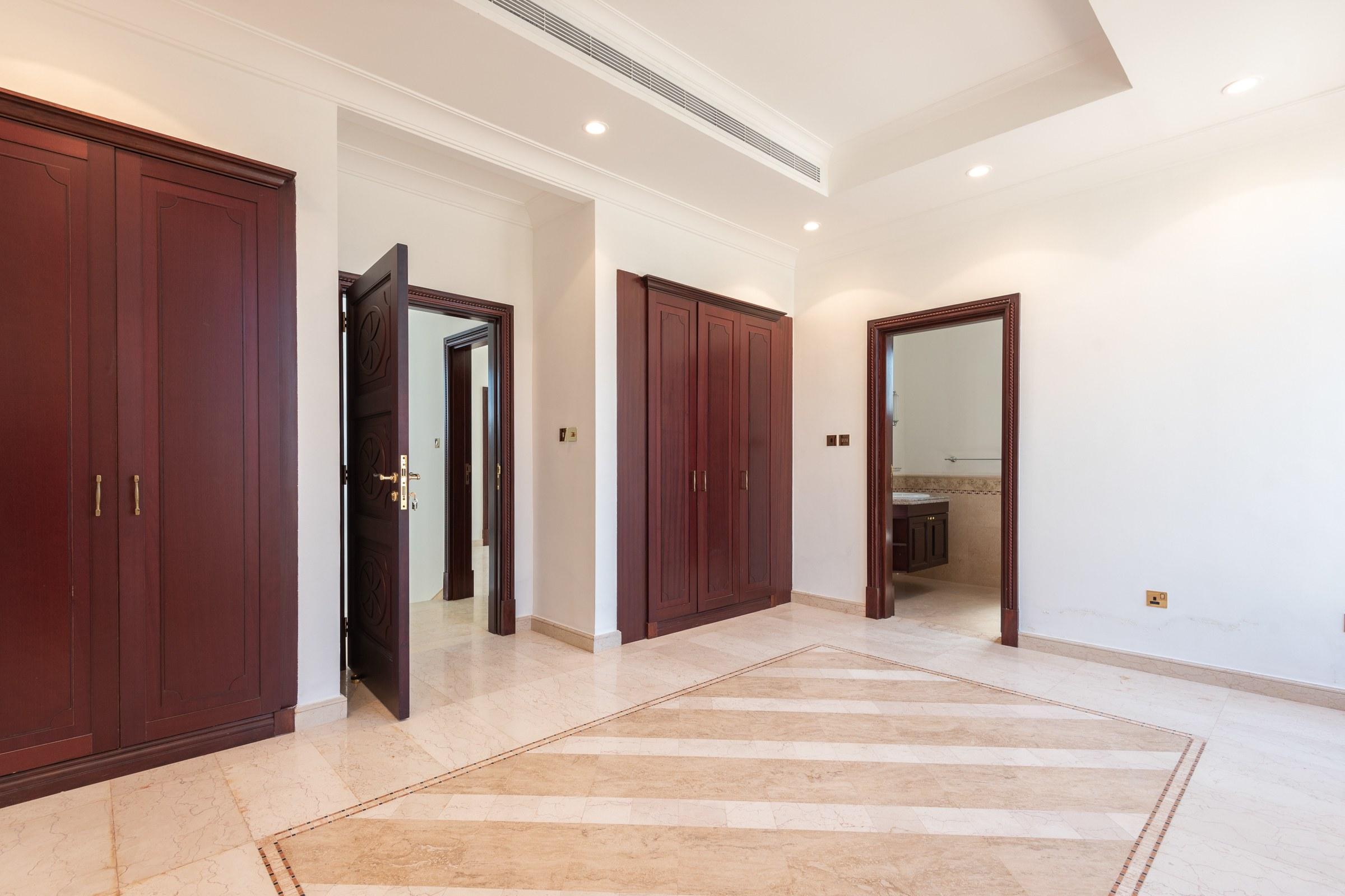 Fantastic Location | Well Maintained Luxury Villa
