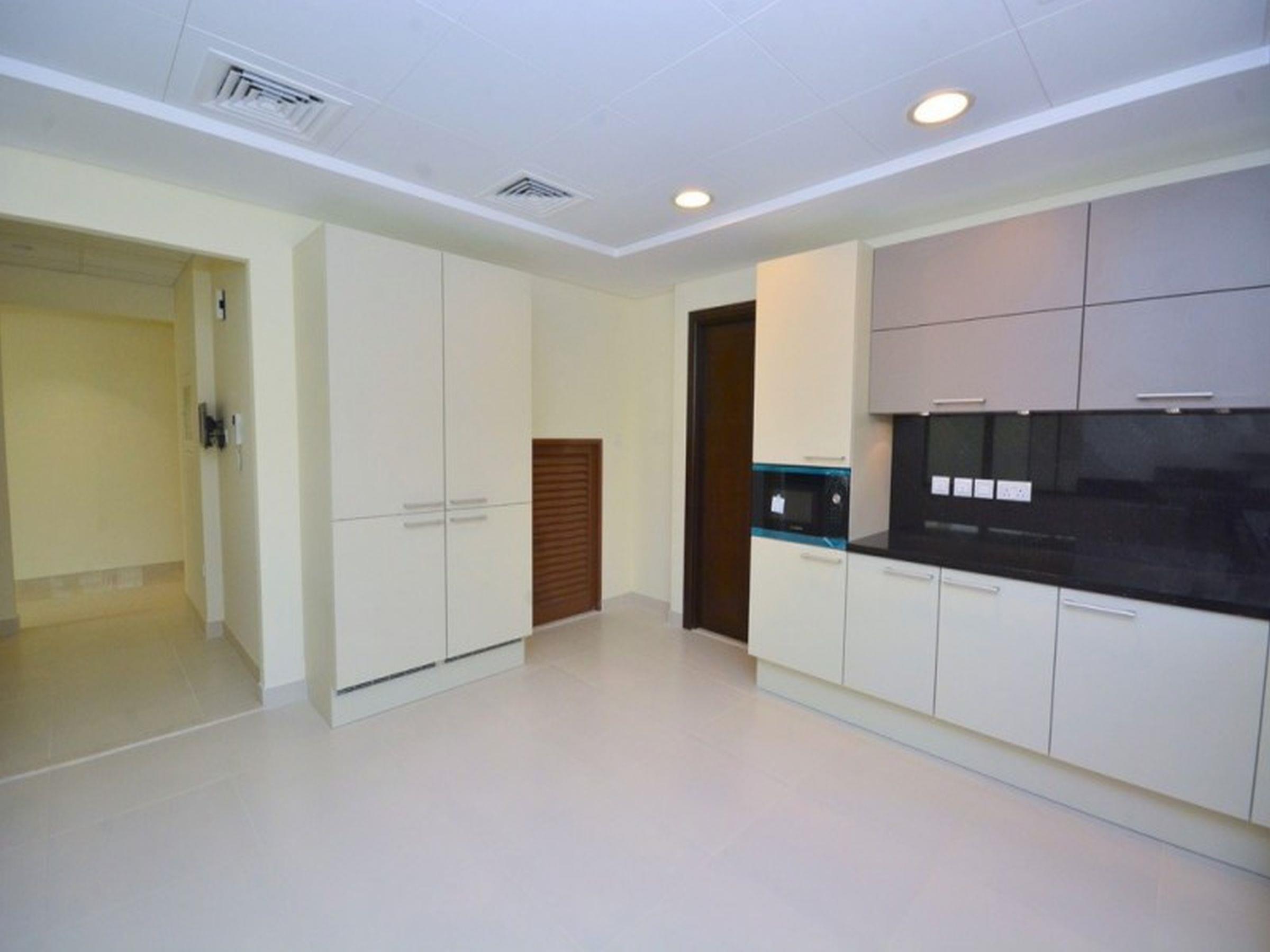 Spacious 4 Bedroom Townhouse in Meydan