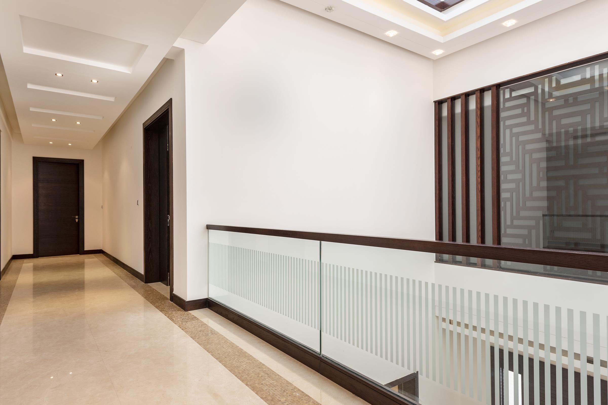 Elegant 6 Bedroom Villa   Emirates Hills