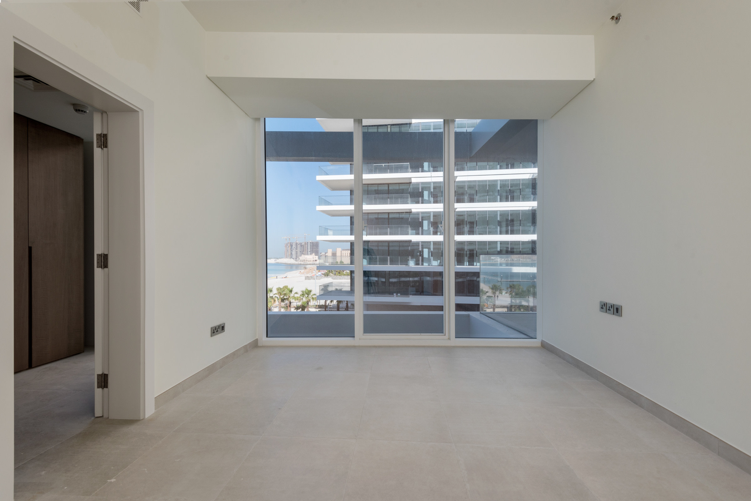 Panoramic Sea View 3 Bed on a High Floor