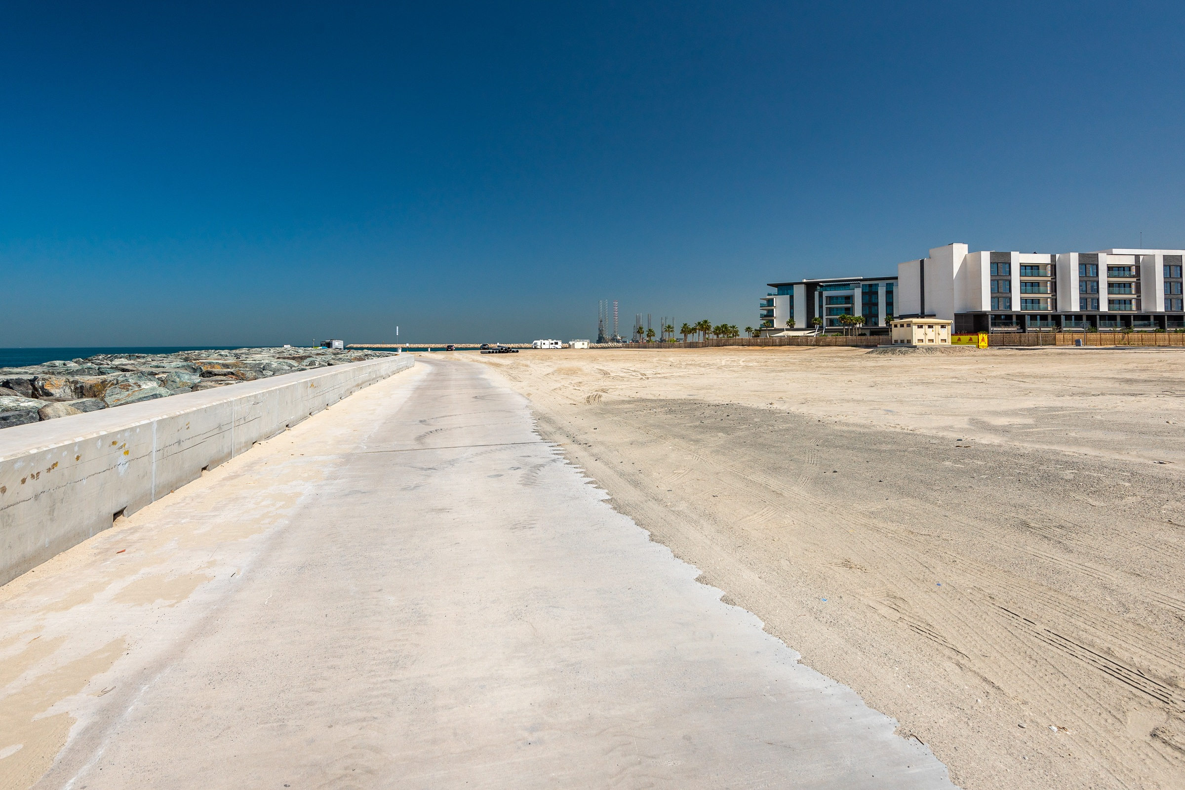 Jumeirah Bay   Beach Front   Luxury Plot