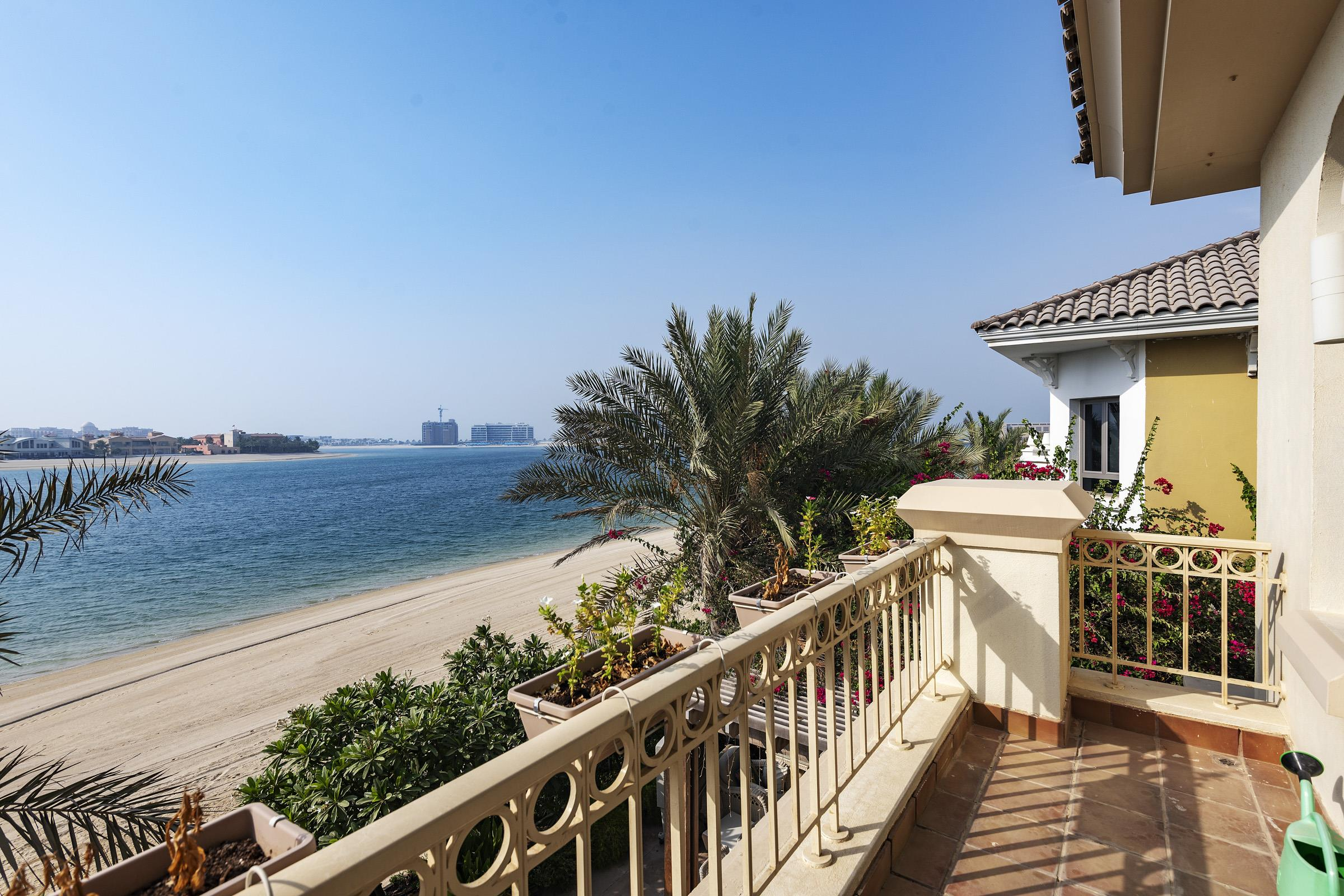 5 Bed  Mediterranean with  Atlantis view