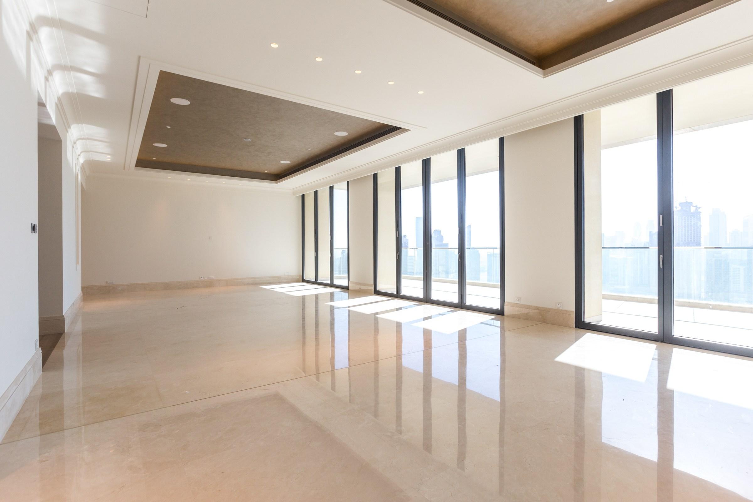 New  Luxurious Penthouse  Downtown Dubai