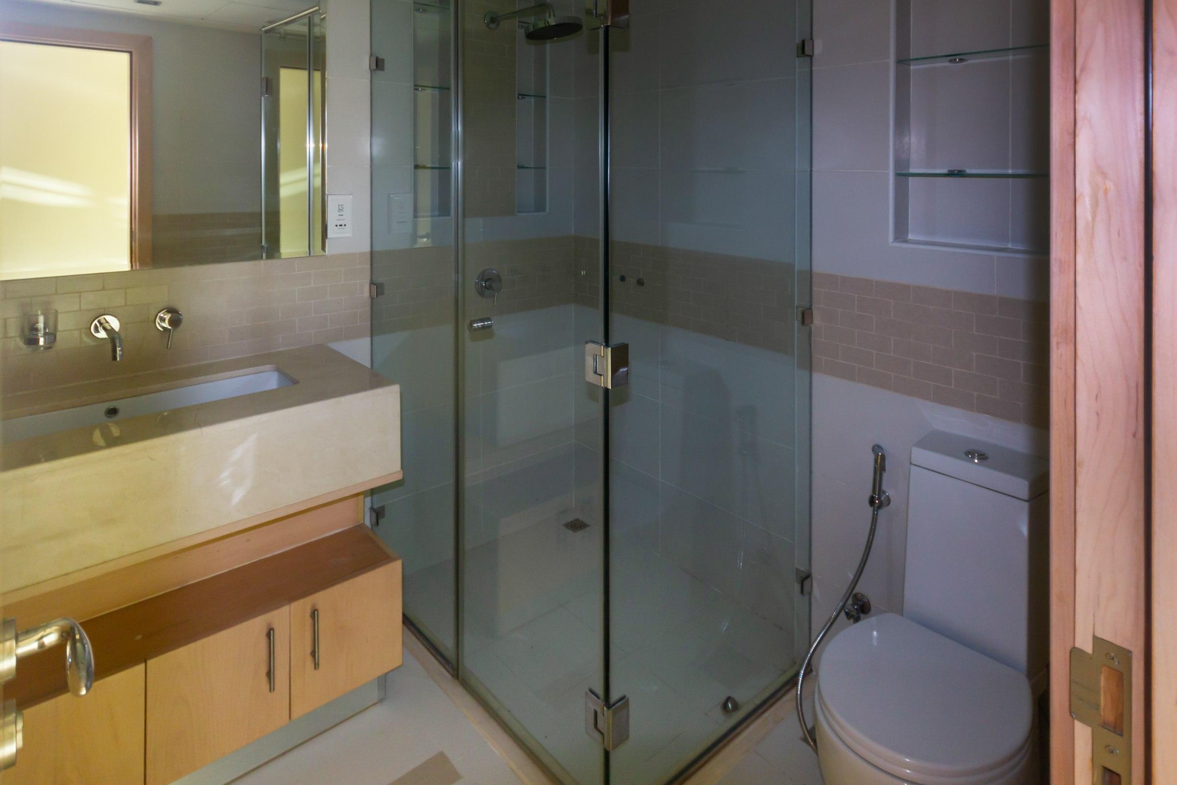 High Floor | Water views | Modern Furnished