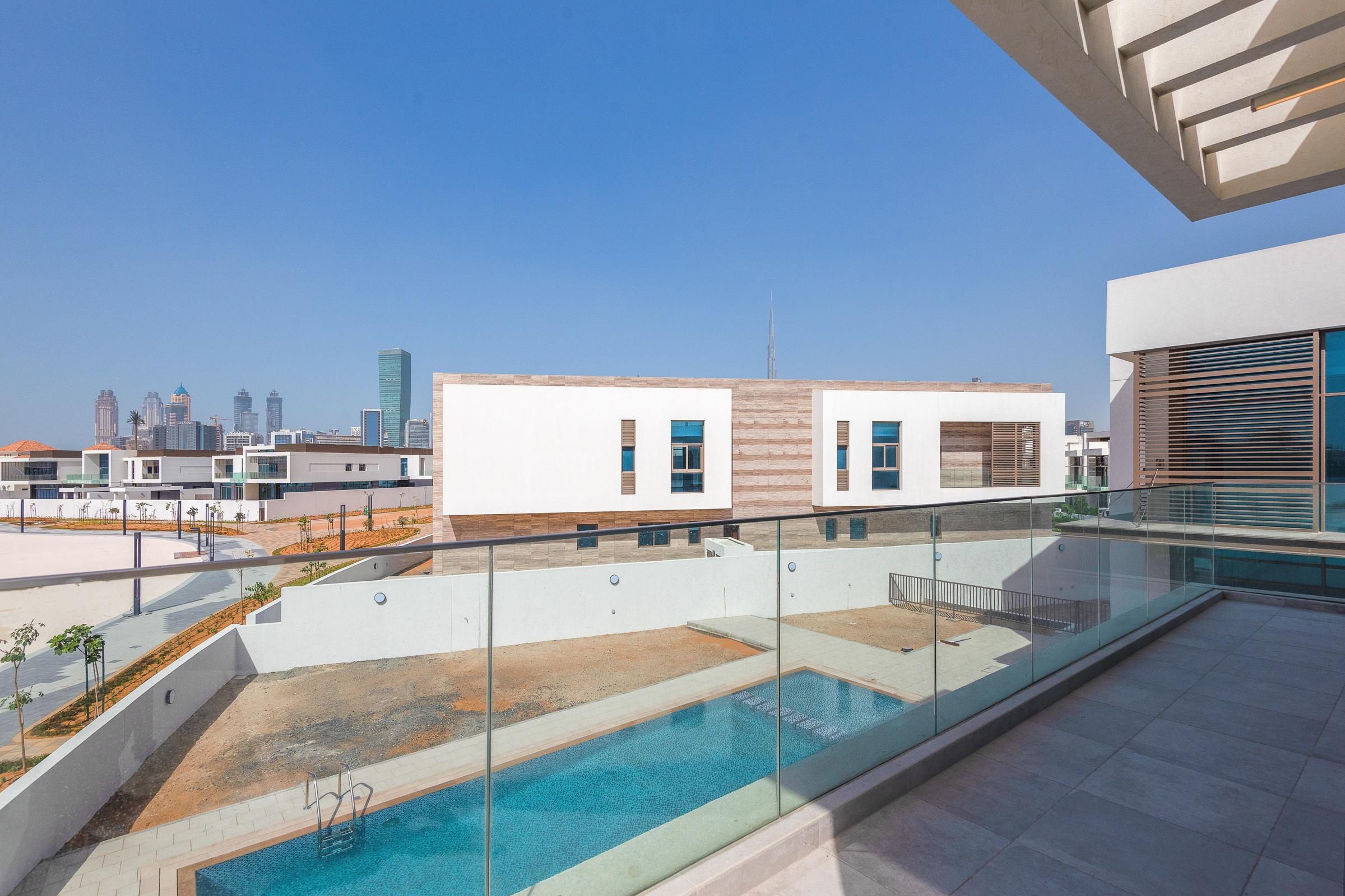 Mansion on Lagoon with Burj Khalifa View