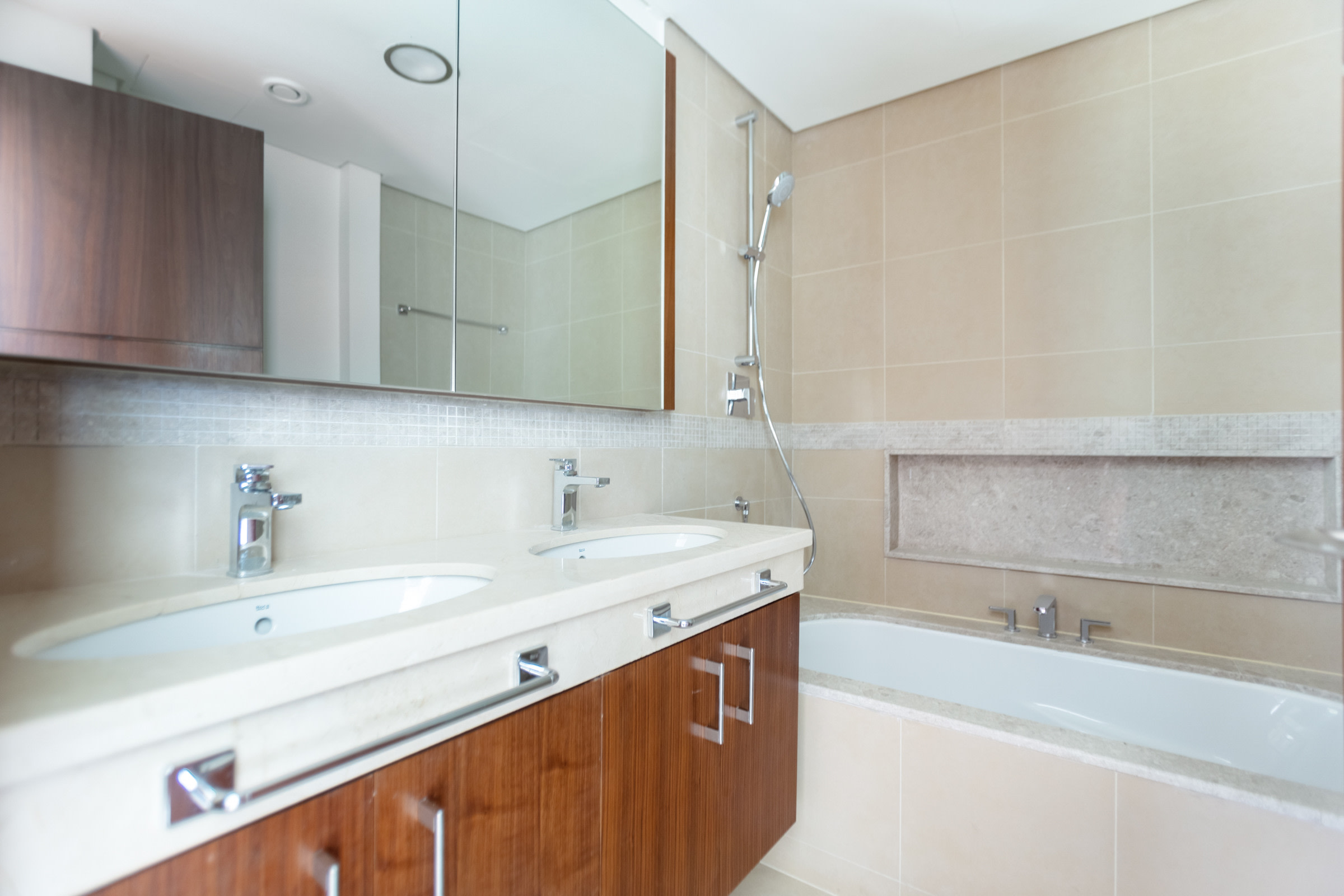 Low Floor | 3 Bed+Maids | Fountain Views