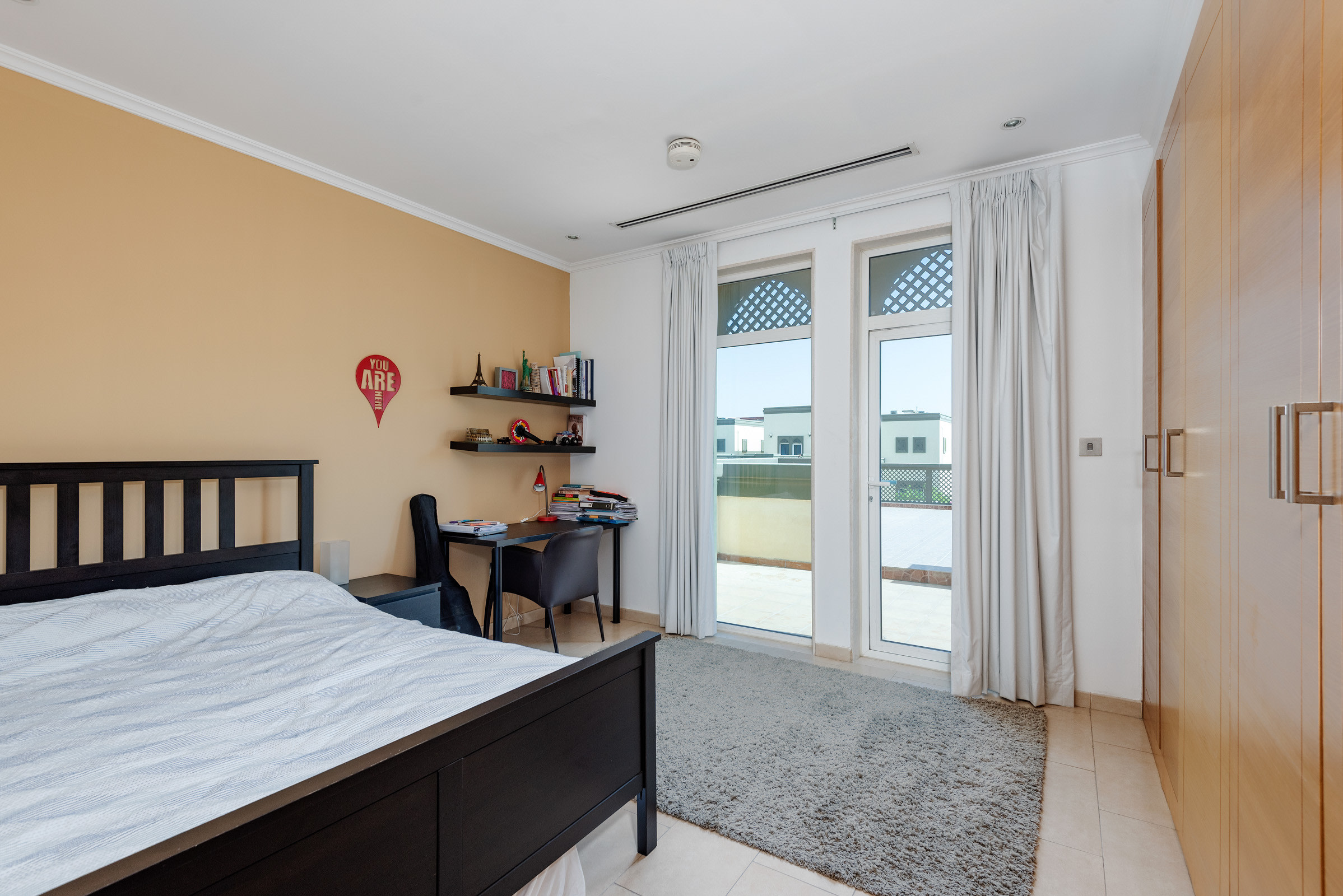 Immaculate Extended 3 Bedroom Single Row