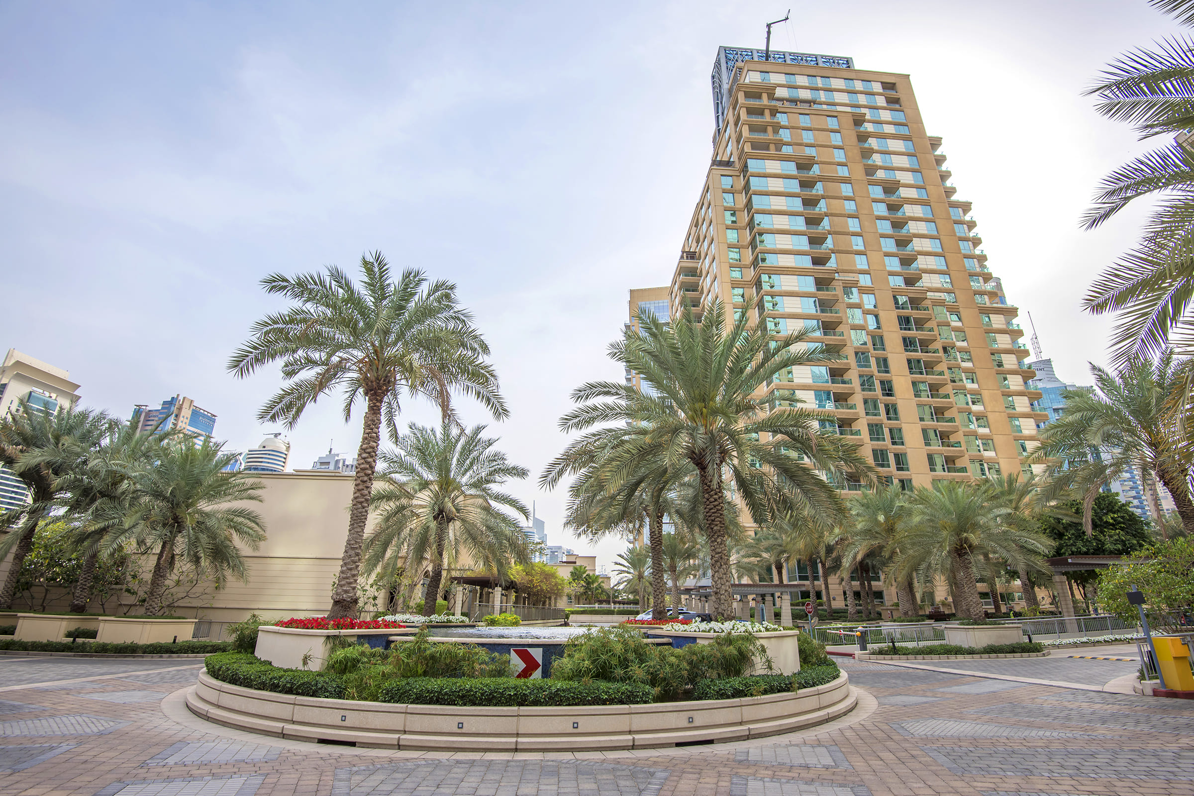 Furnished Vacant 1BR  Bay Central Tower