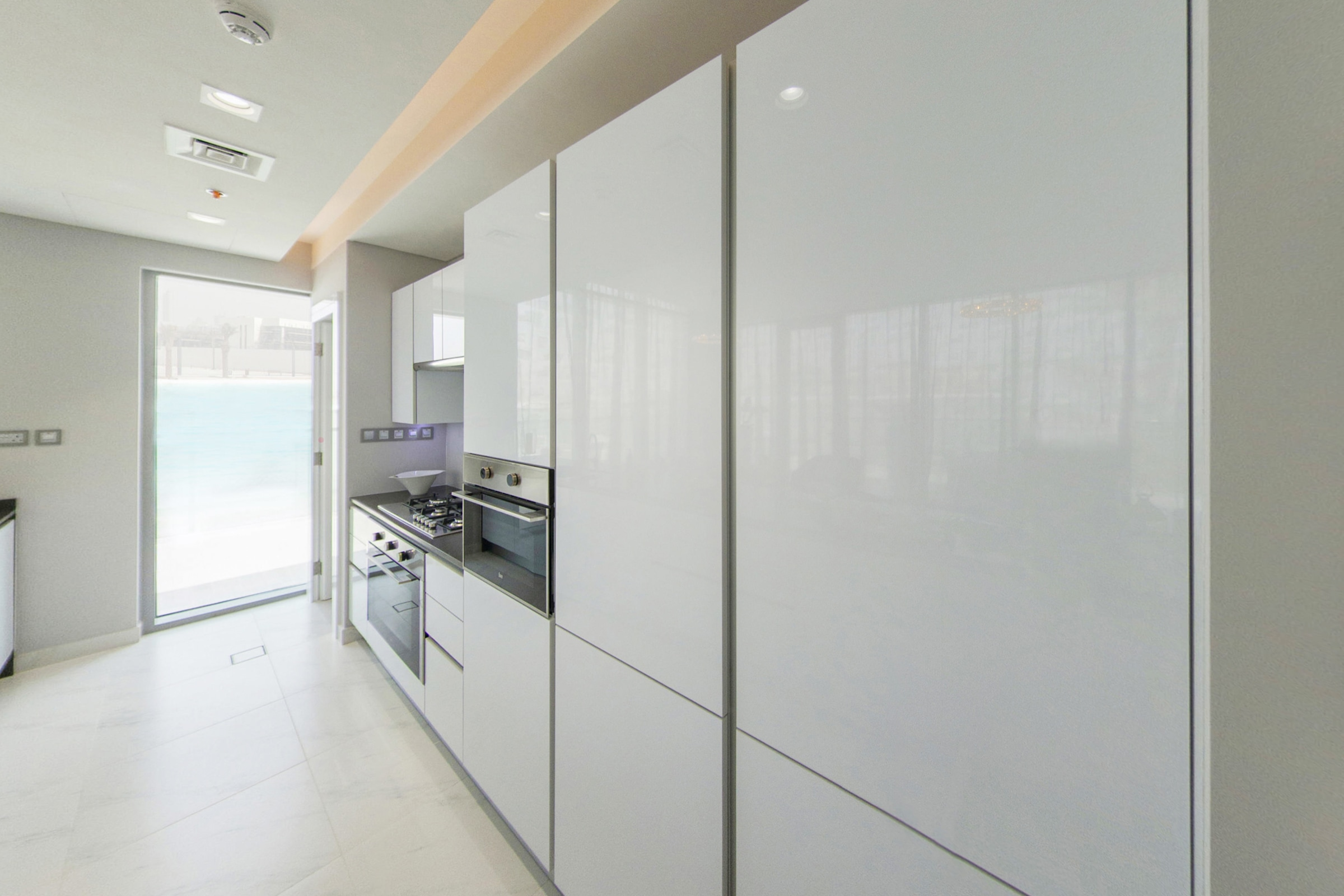 Stunning 2 Bed |Full Crystal Lagoon View