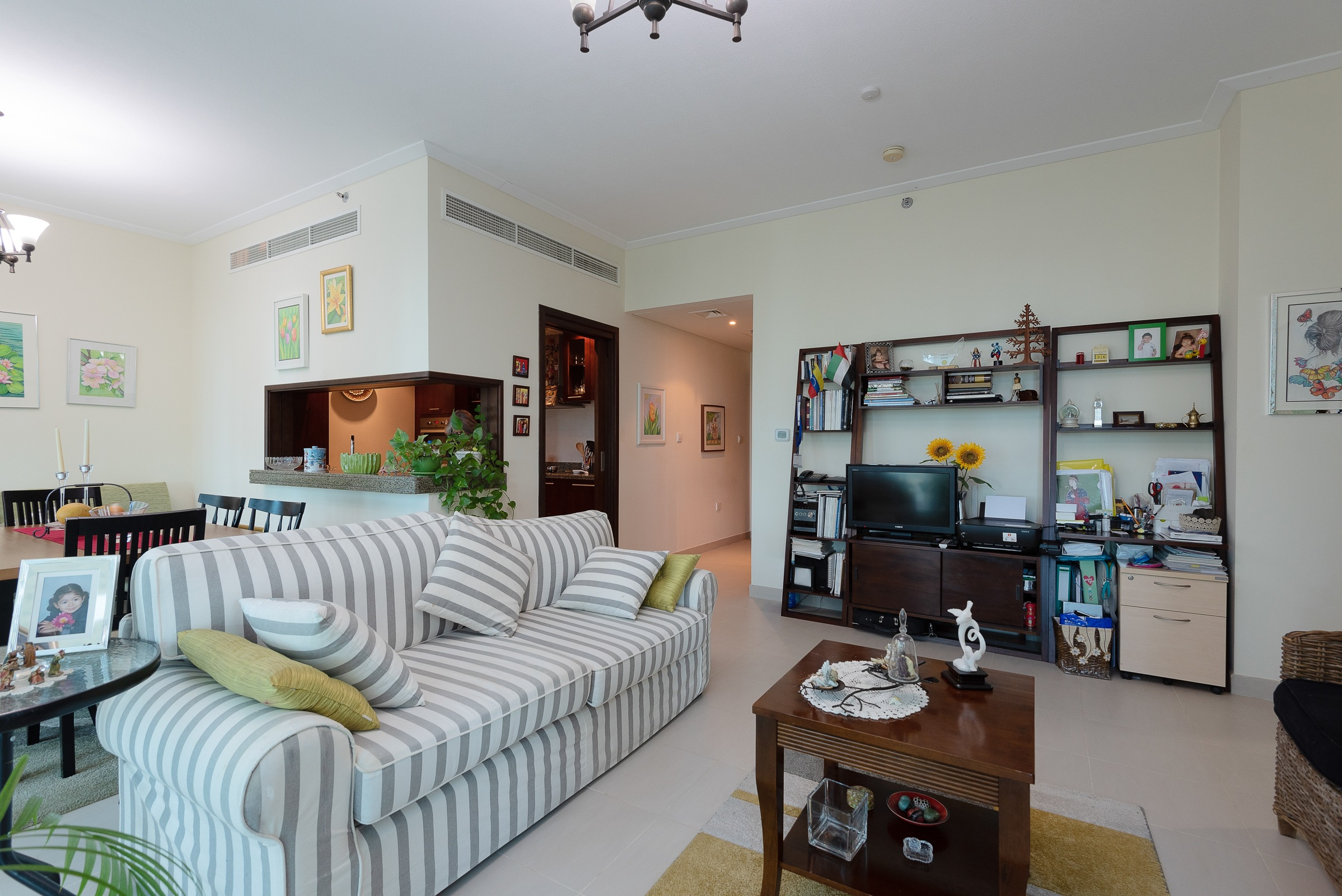 Bright & Stylish One bedroom | Sea views