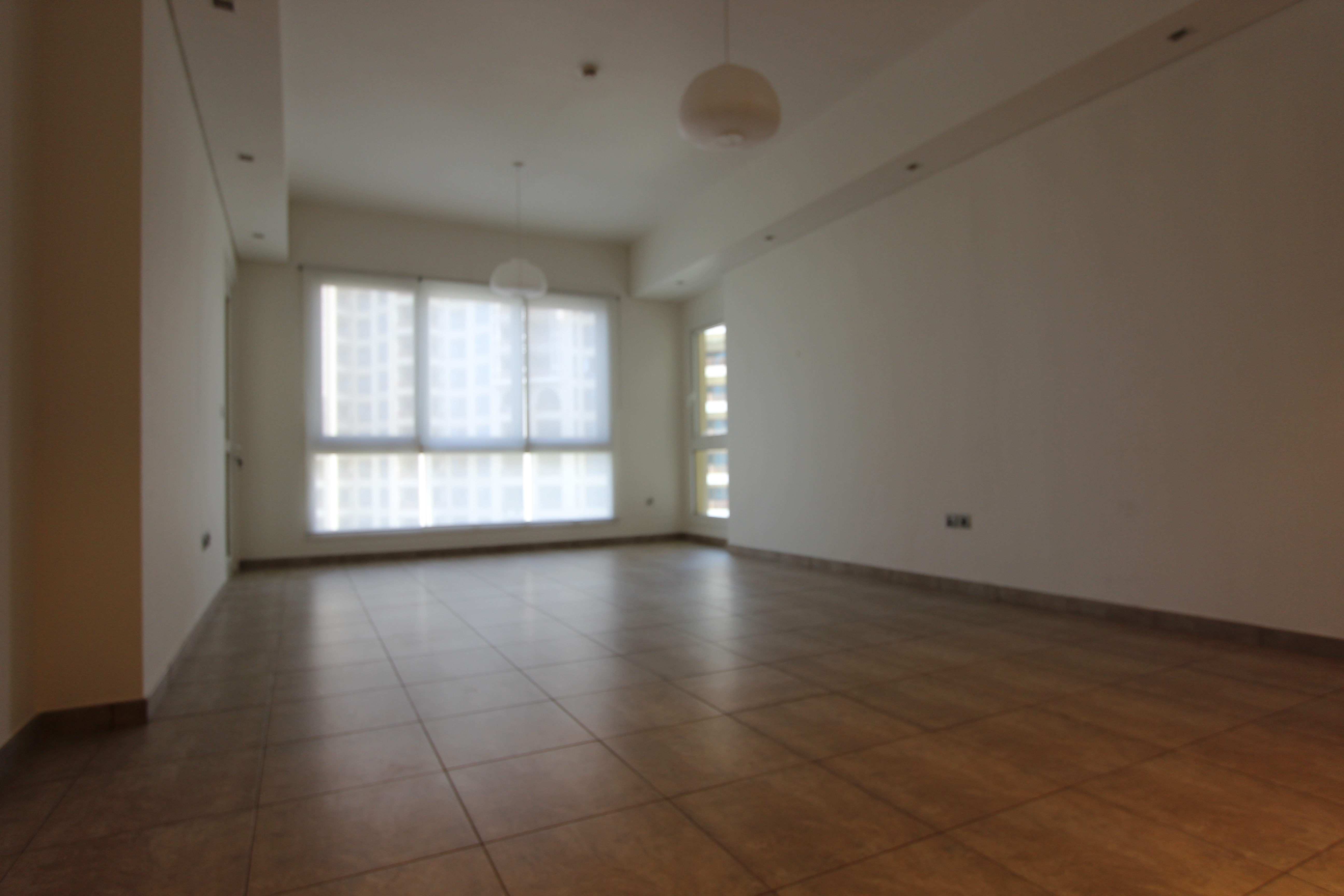 High Floor | Two Bed | Vacant | Sea View