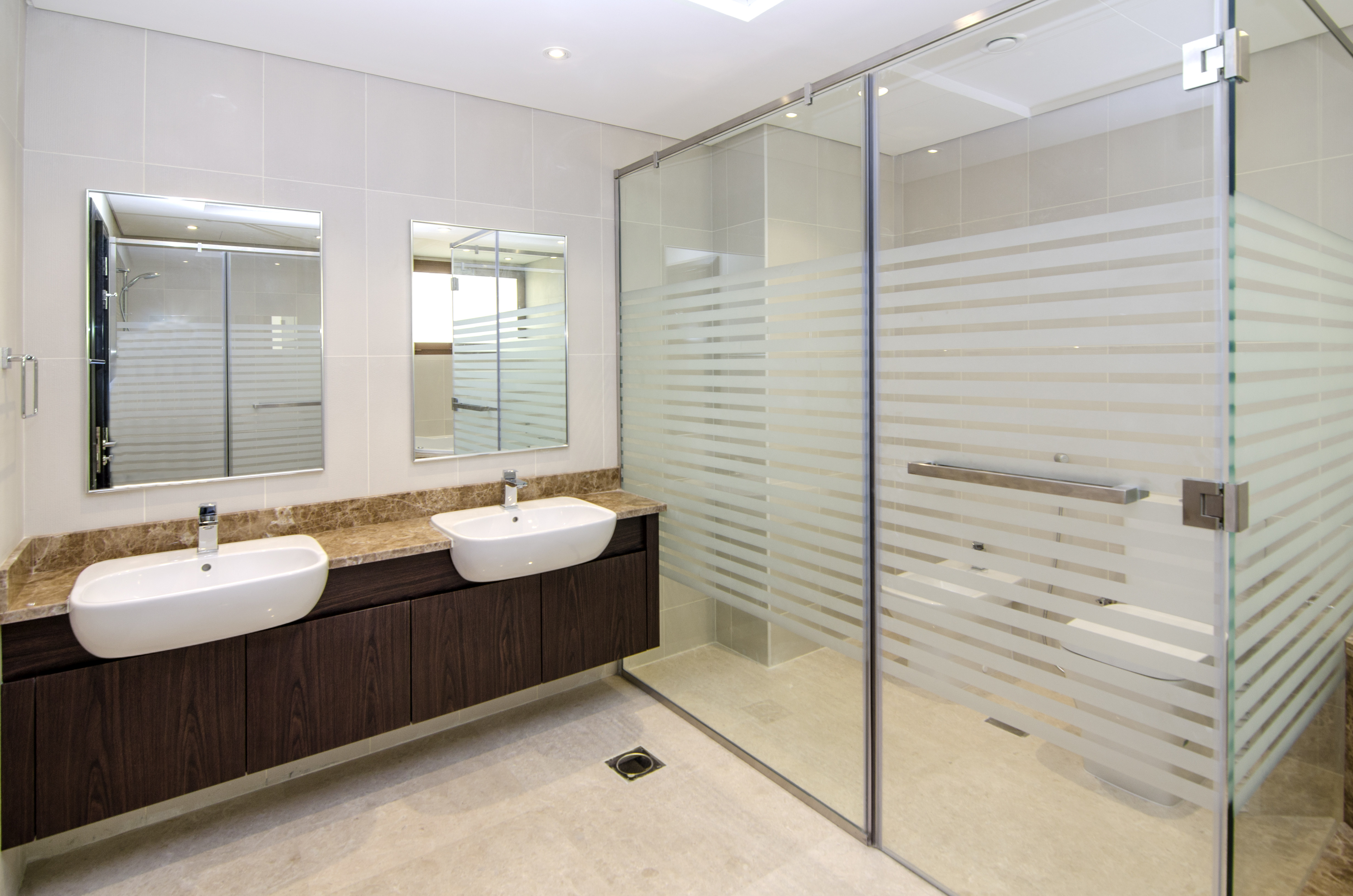 Modern Independent | 6 Bedroom Villa | Grand View