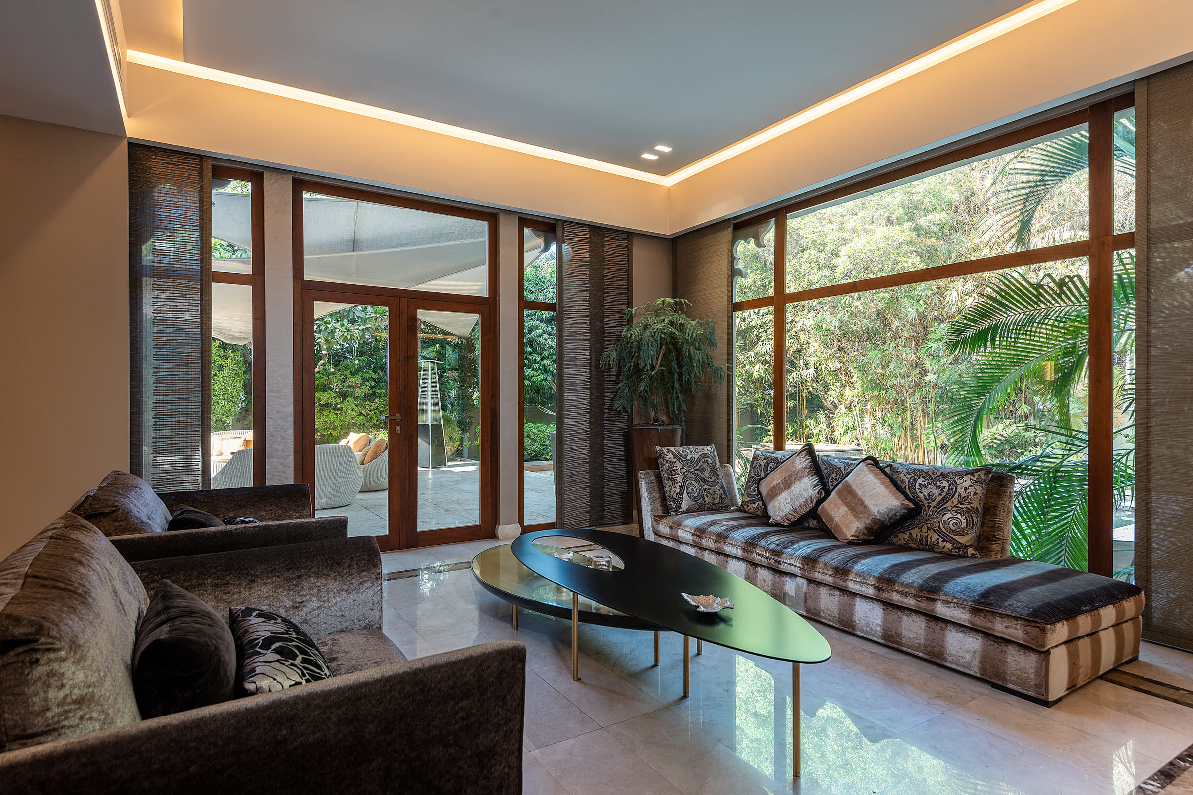 Beautifully| presented| furnished|  home