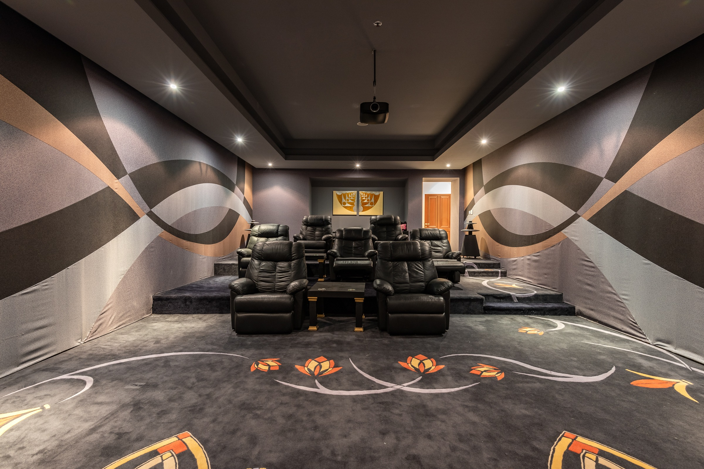 Golf View  with Cinema  Gym Spa and Pool