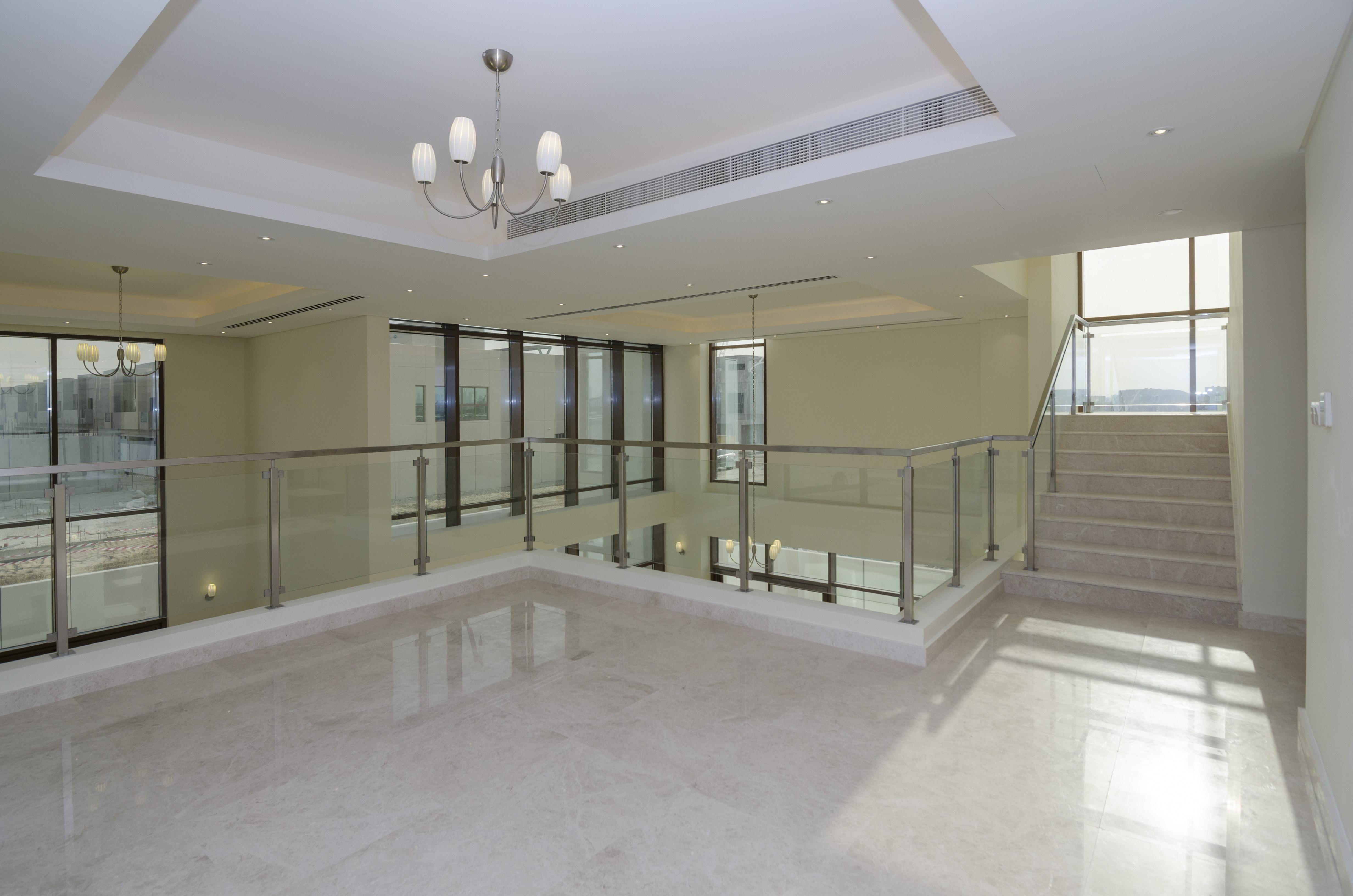 Luxury 6 Bed Villa in Grand Views | Corner Villa