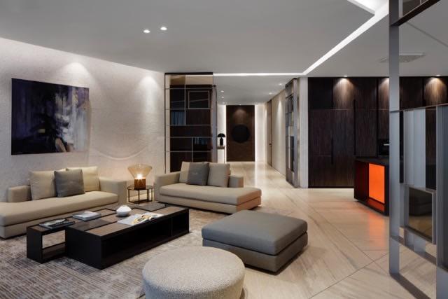 Luxury Apartment, Volante Tower