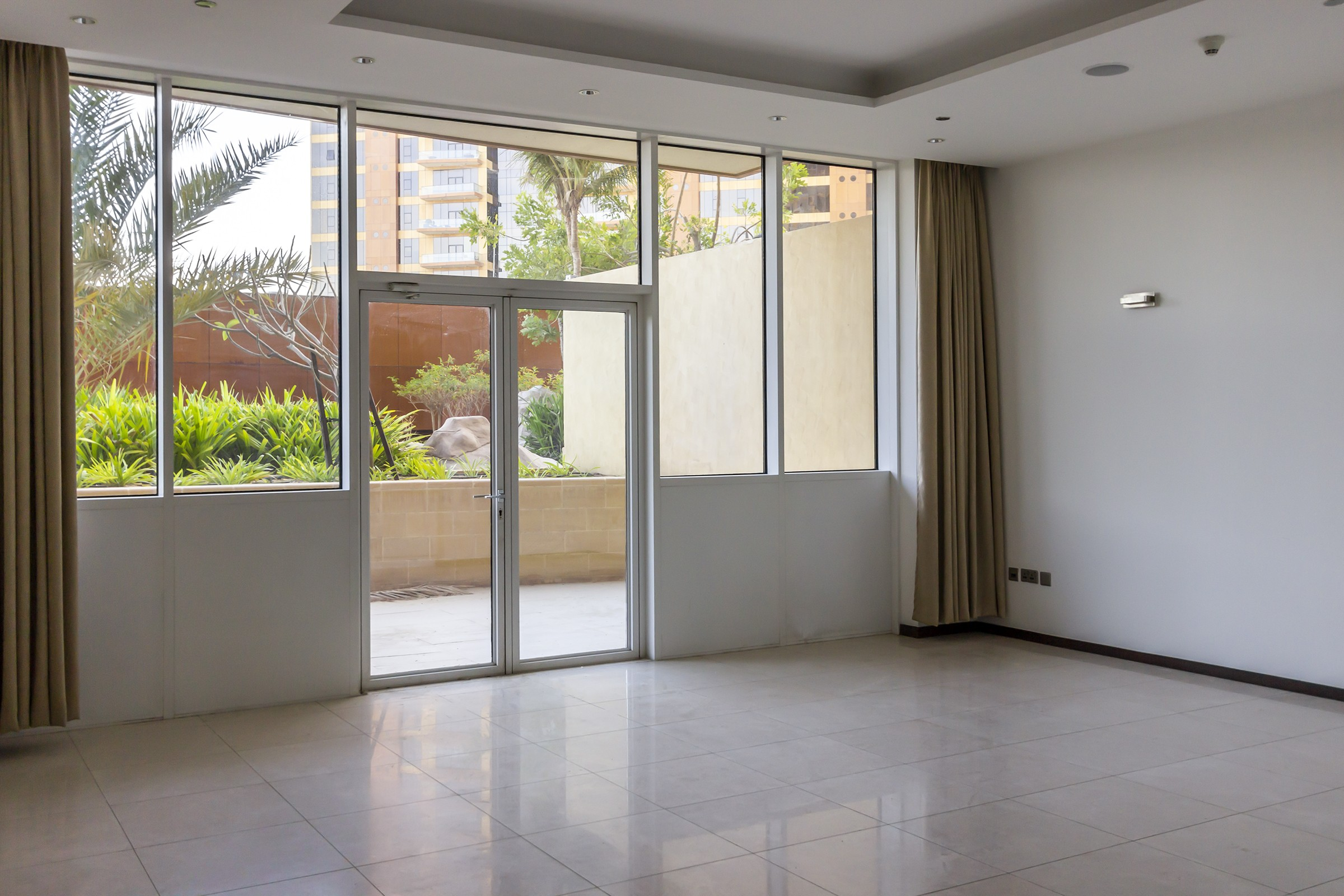 1 Bed Private Terrace in Tiara Residence