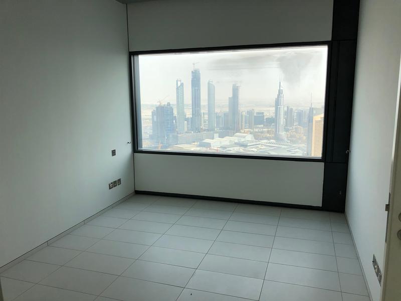 Mid Floor | 1 Bedroom Burj Khalifa Views