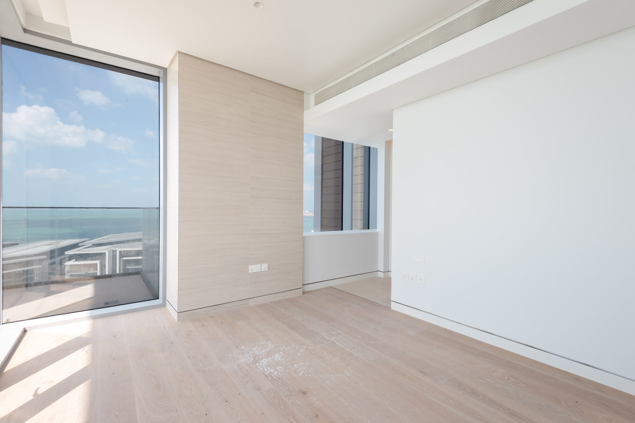 Incredible 5 Bed Penthouse in Bluewaters