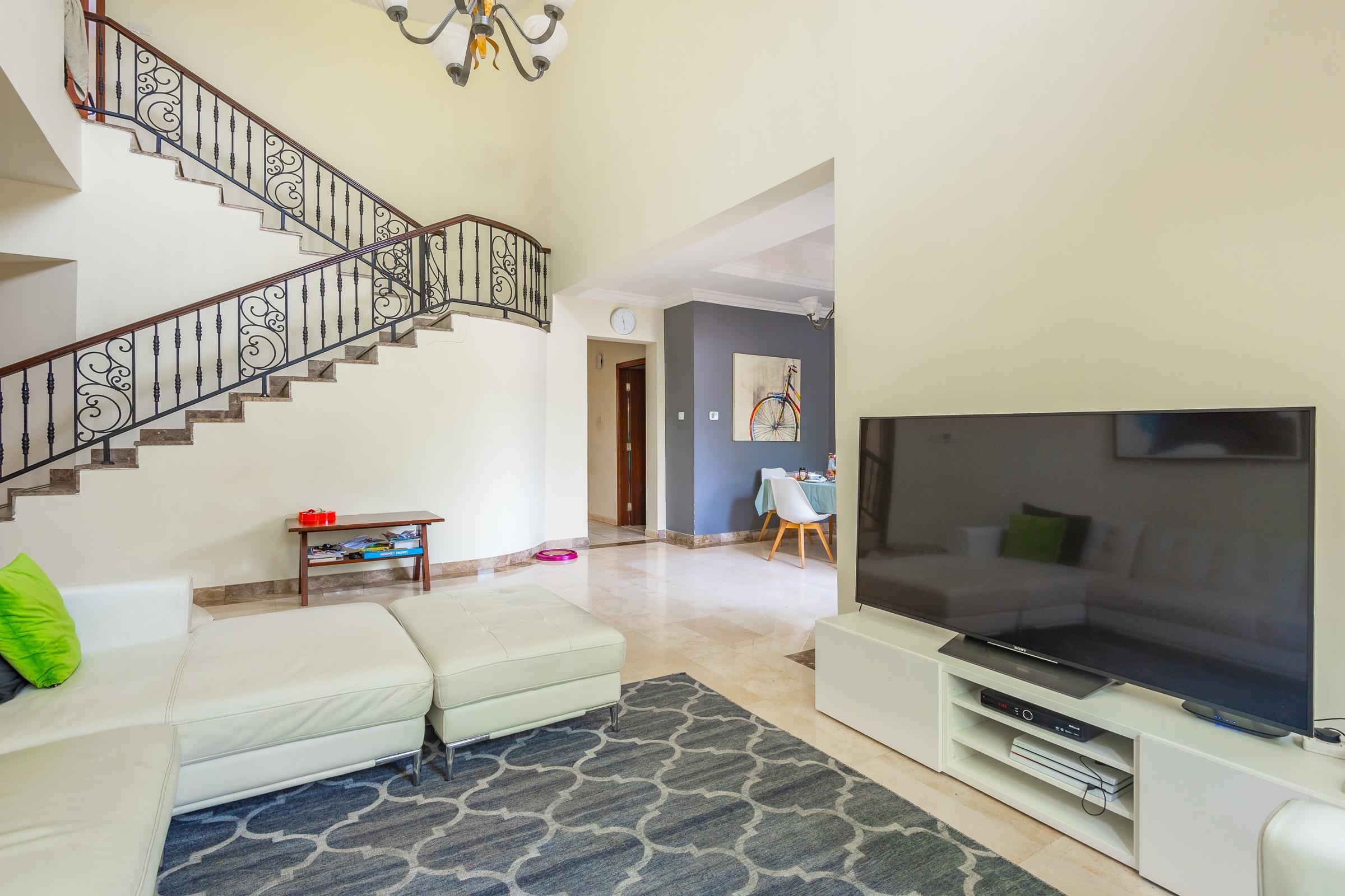 4 Bedroom Entertainment Foyer Greek Isles Villa