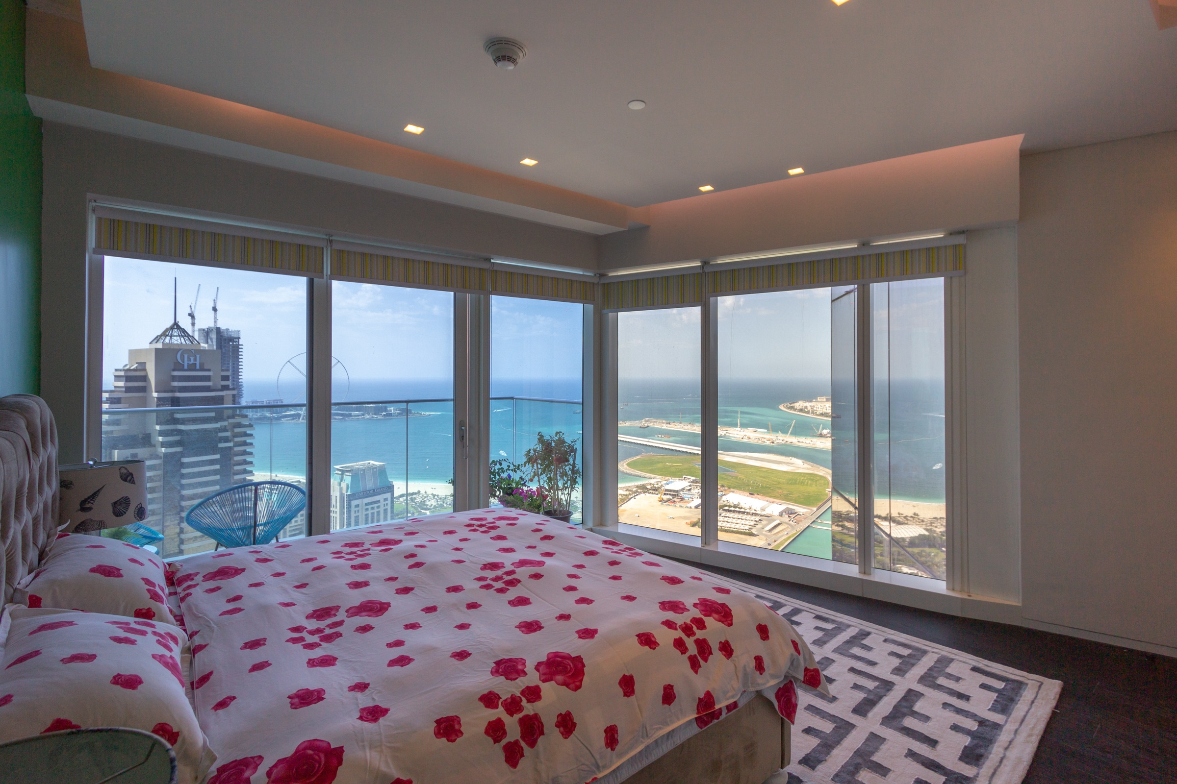 Furnished | 2 Bedrooms | Full Sea Views