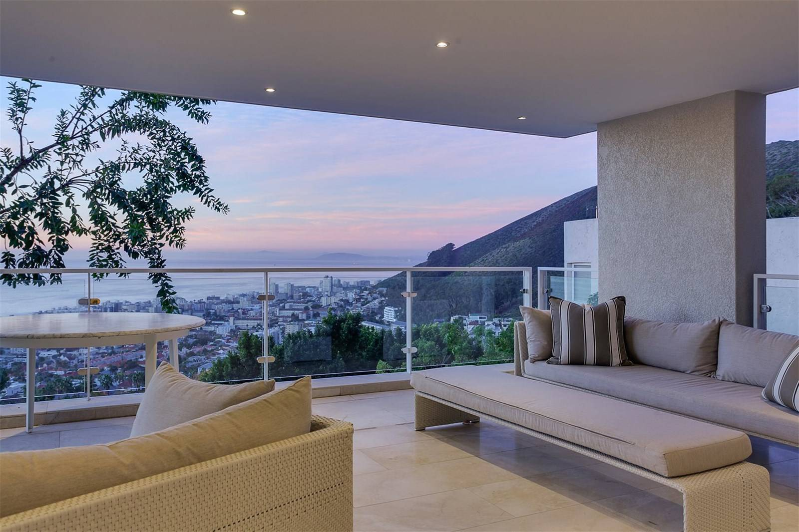 FRESNAYE - IMMACULATE 'ONE OF A KIND' HOME