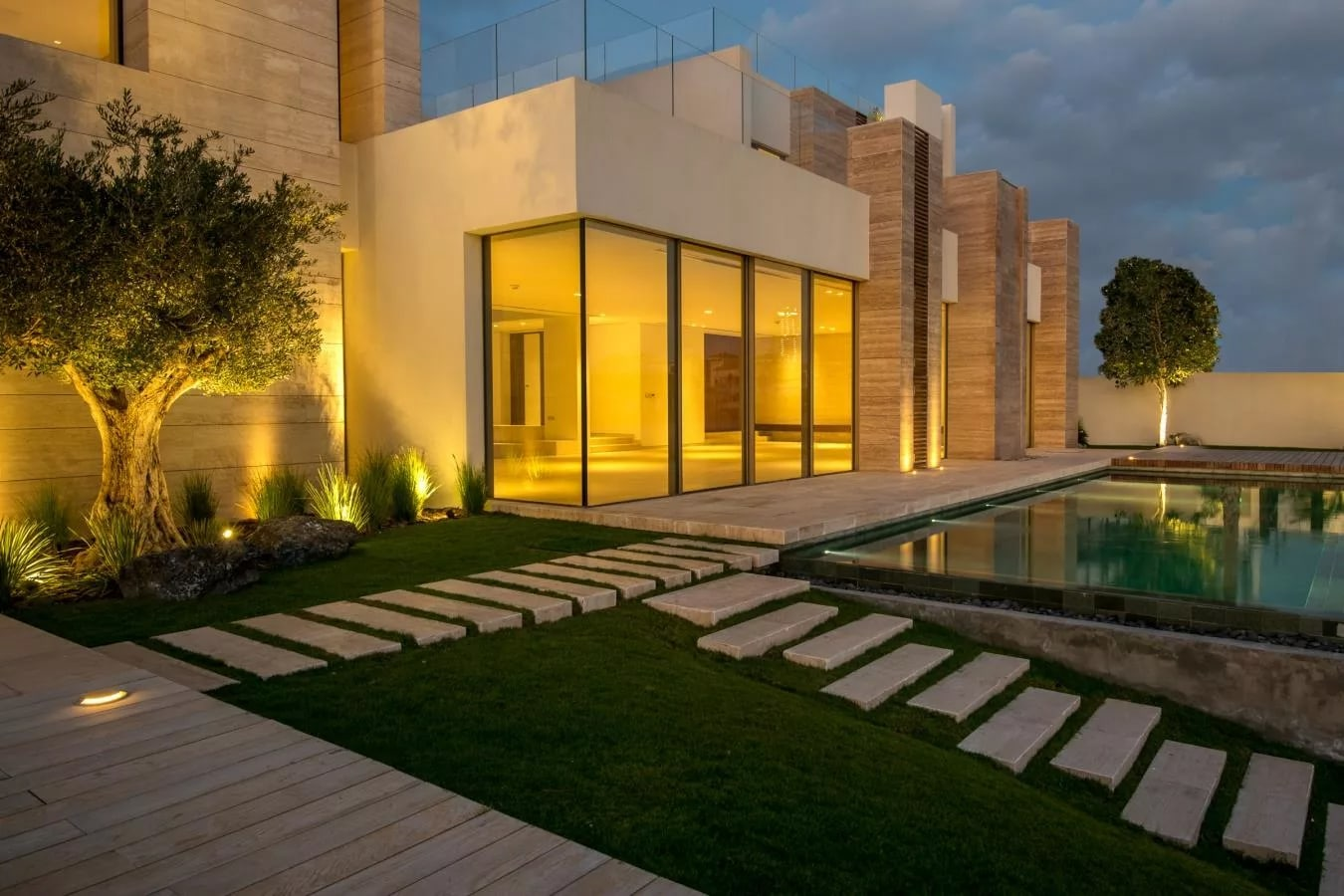 Six Bedroom Villa with Minimalist Design