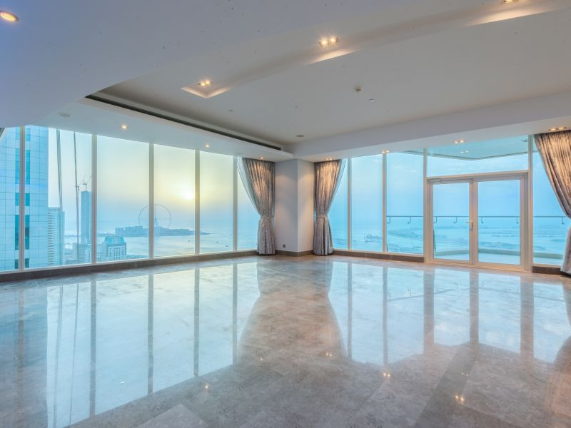 Upgraded Luxury Penthouse Full Sea Views