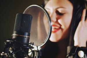 Portfolio for Voice-Over artist