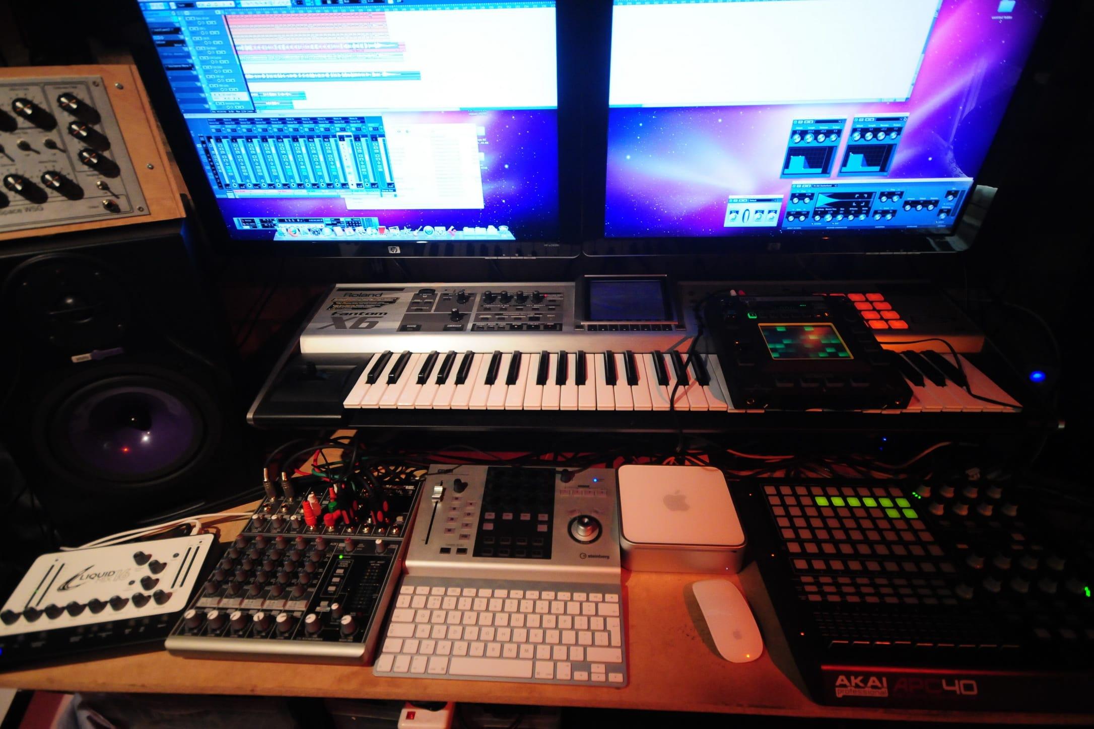 Portfolio for Recording guitar, music production