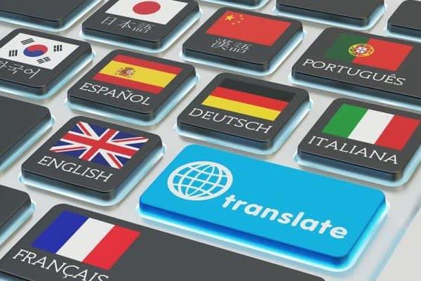 Portfolio for Translation/Social Media Manager