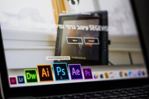 Portfolio for Copywriter I Designer I Video Editor