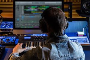 Portfolio for I can arrange/produce Music