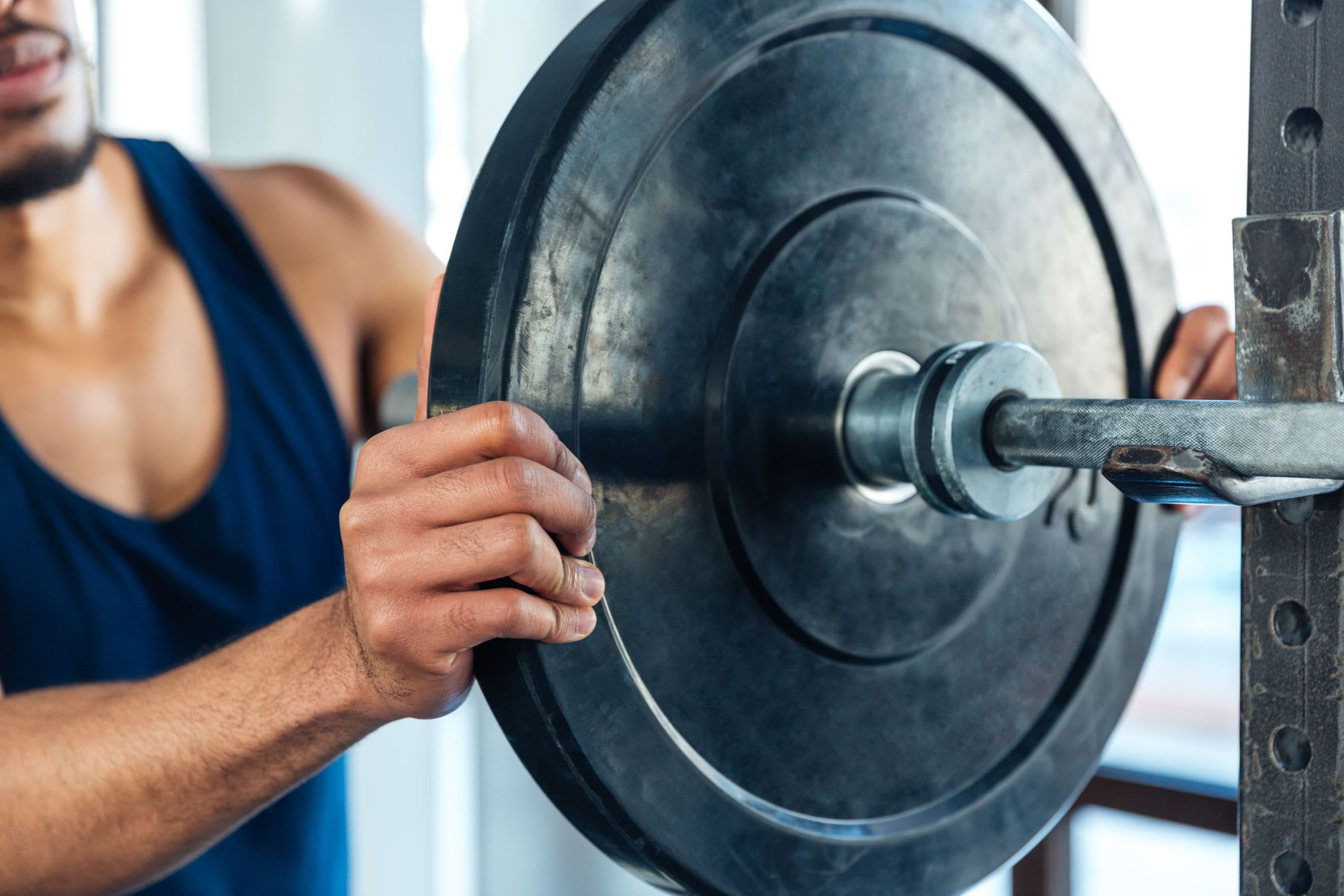 How to Build Muscle Faster in the Gym with Progressive Overload & Deloading