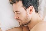 How to sleep: Three herbal teas...