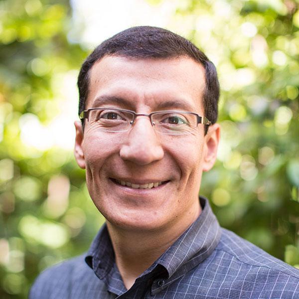 3ELET: Carlos A.  Cevallos