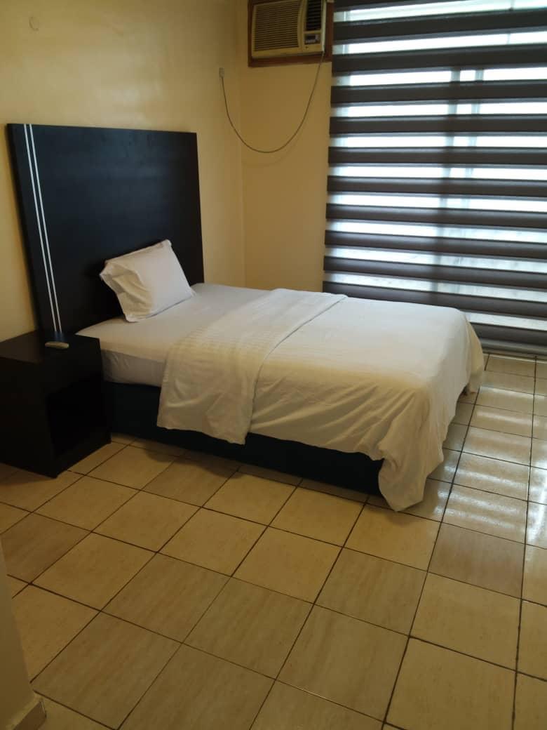 3 bedroom in 1004 estate