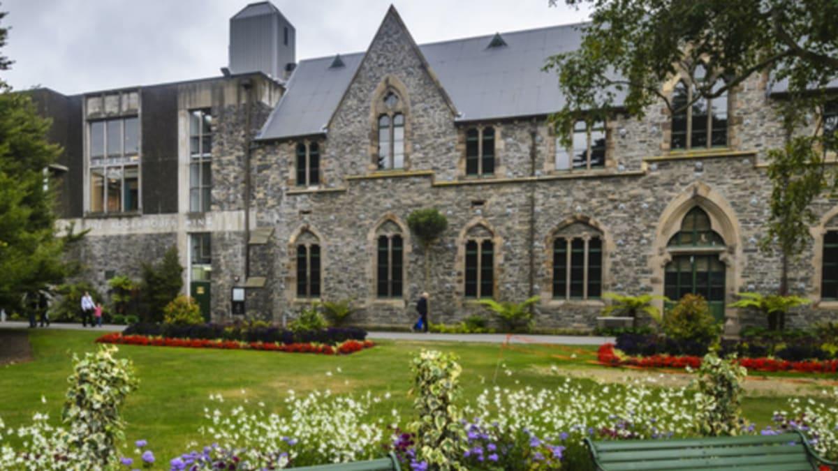 Pakej Percutian ke Christchurch Bersama Tripfez