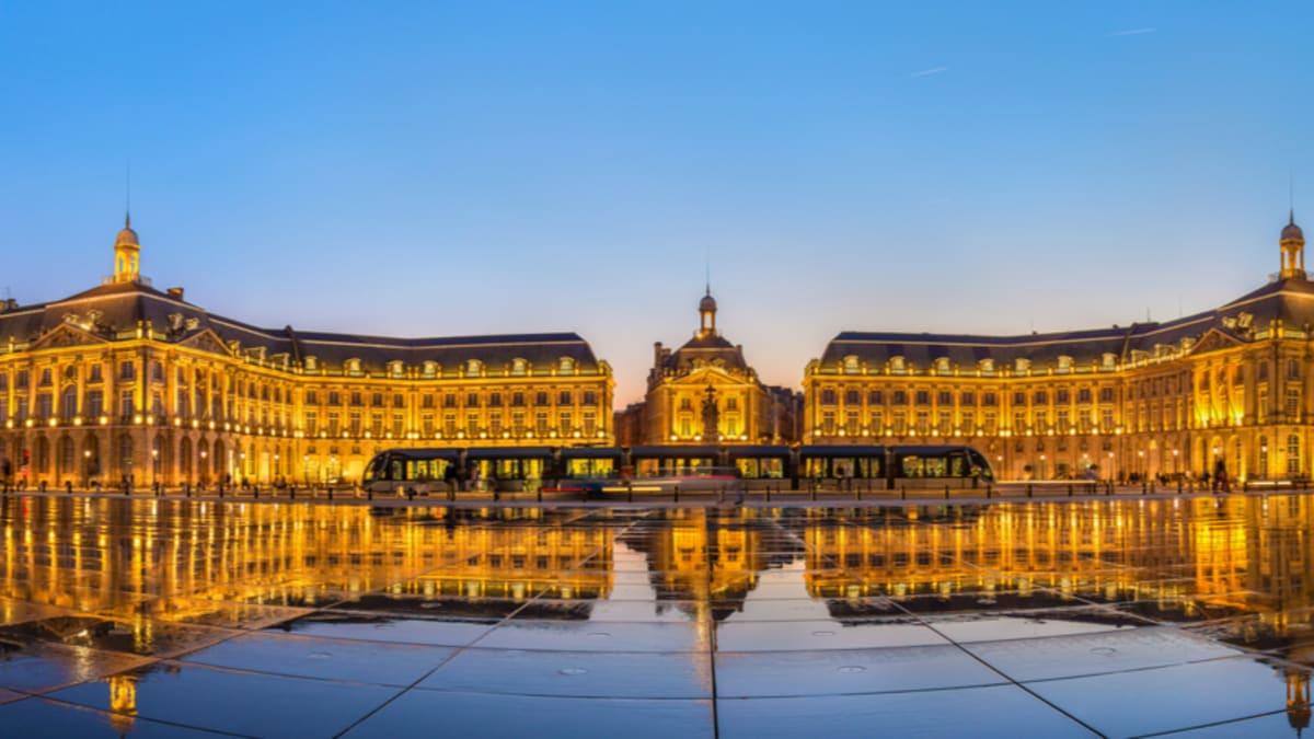 Pakej Percutian ke Bordeaux Bersama Tripfez