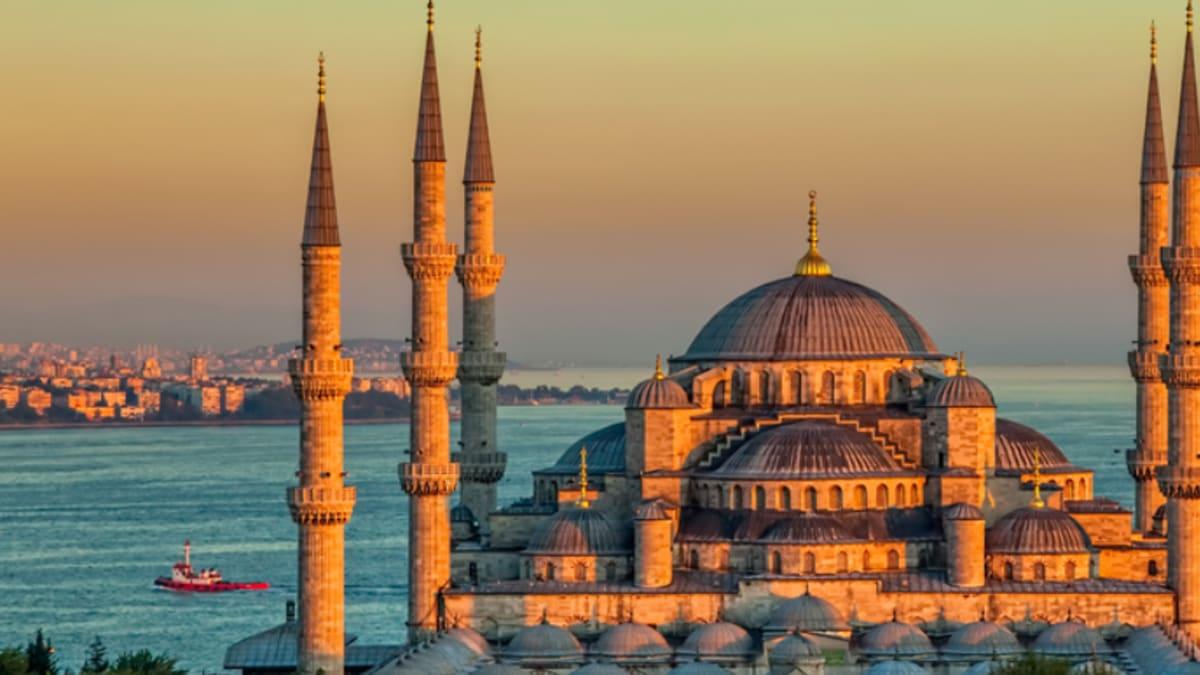 Umrah Ziarah Istanbul 2020 Bersama Tripfez