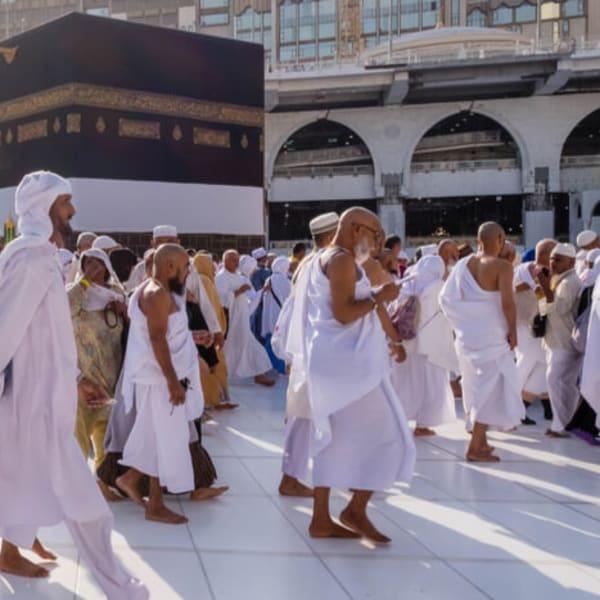 Pakej Umrah safwah yang lengkap dan selesa.